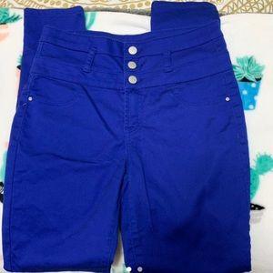 High waisted skinny jeans.